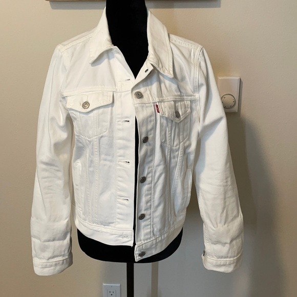 White Levi Jean Jacket